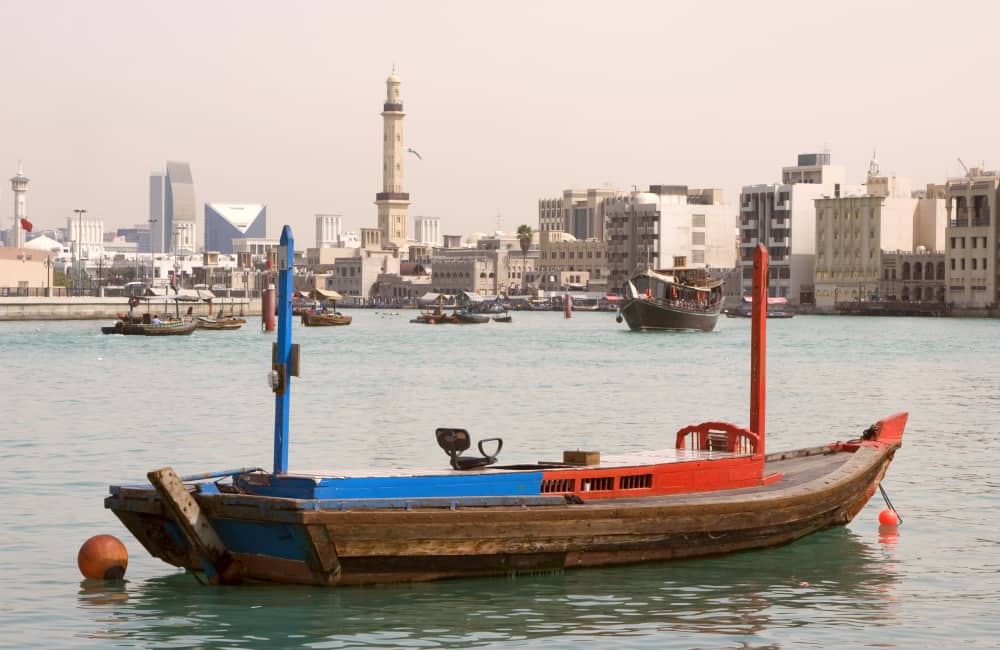 dubai boat and mosque