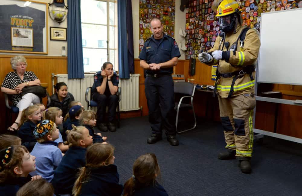 new zealand school children fire safety lesson