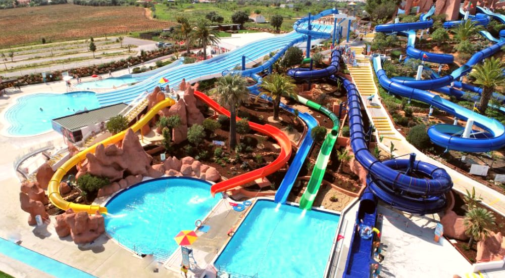 The Slide and Splash Water Park Lagoa