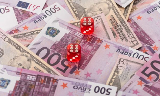 How to reduce risk and save on your currency transfer when you're moving overseas in 2020