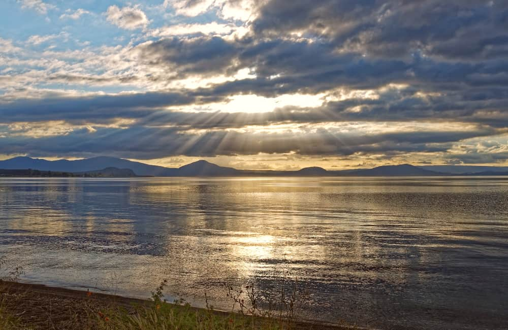 Lake Taupo freedom camping