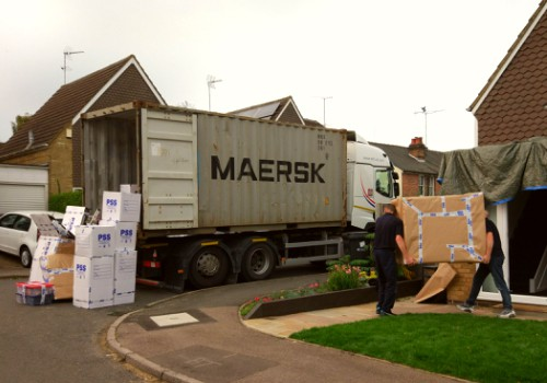 PSS loading Mearsk container_1