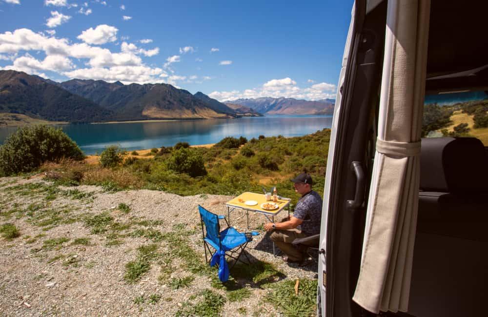 motorhome touring New Zealand