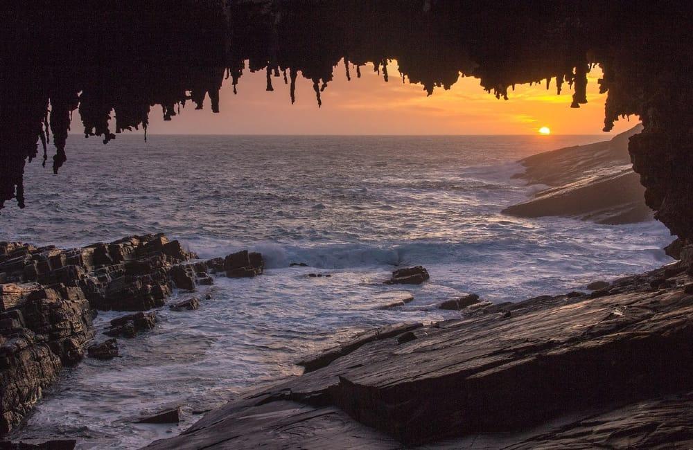 Admirals Arch Kangaroo Island